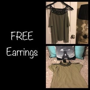 SALE 🎁3 For $20🎁 NWOT NY & Co Top FREE Earrings